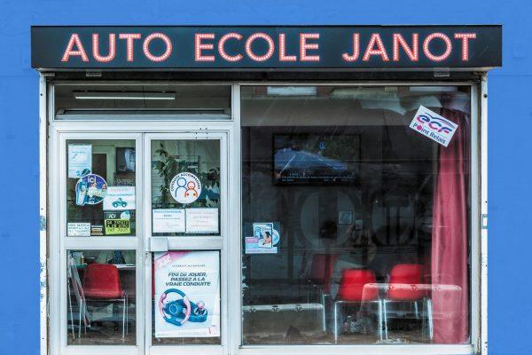 Janot_Agence Pierrefitte_fondbleu